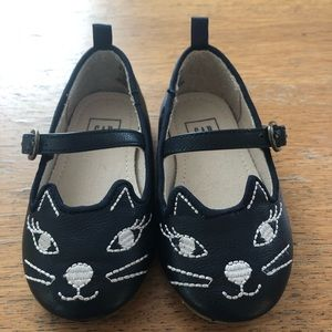Gap kitty Mary janes size 6 toddler girls